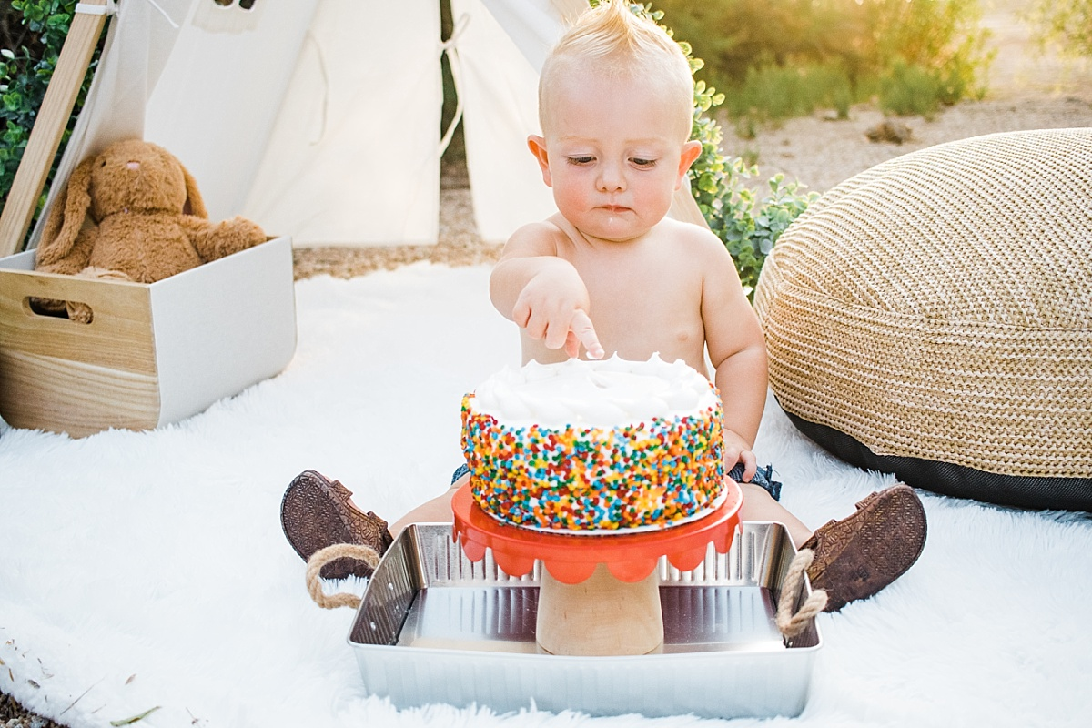 Cake Smash Photographer| Happy Birthday Little R