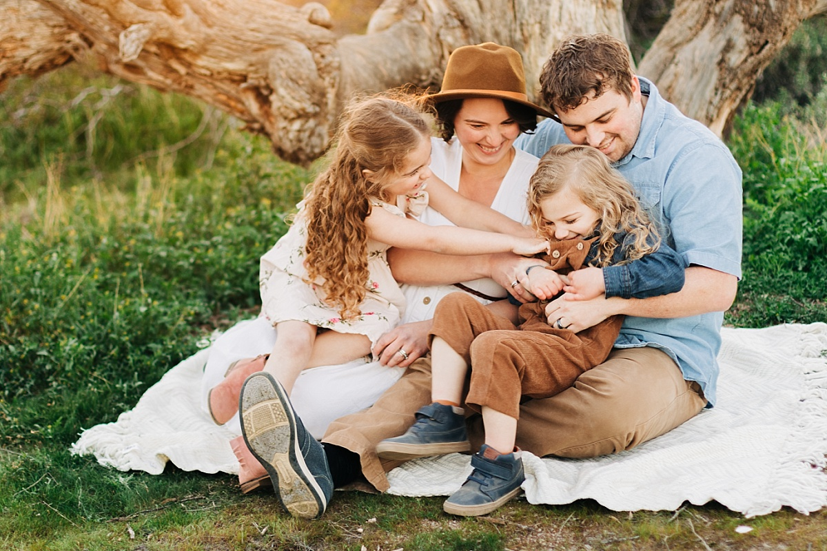 San Tan Mountain Maternity Pictures   Queen Creek Maternity Photographer